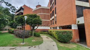 Apartamento En Ventaen Caracas, Los Naranjos De Las Mercedes, Venezuela, VE RAH: 22-2562