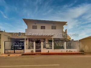 Casa En Ventaen Punto Fijo, Puerta Maraven, Venezuela, VE RAH: 22-2094