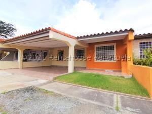 Casa En Ventaen Cabudare, Parroquia José Gregorio, Venezuela, VE RAH: 22-2619