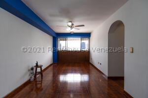 Apartamento En Ventaen Caracas, Parroquia San Jose, Venezuela, VE RAH: 22-2654