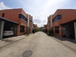 Townhouse En Ventaen Municipio Naguanagua, Manongo, Venezuela, VE RAH: 22-2665