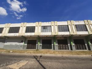 Local Comercial En Ventaen Valencia, La Candelaria, Venezuela, VE RAH: 22-2667