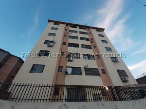 Apartamento En Ventaen Municipio Naguanagua, Casco Central, Venezuela, VE RAH: 22-2671