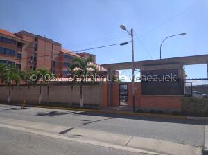 Apartamento En Ventaen Guacara, Ciudad Alianza, Venezuela, VE RAH: 22-2686