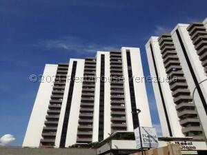Apartamento En Ventaen Caracas, El Rosal, Venezuela, VE RAH: 22-2710