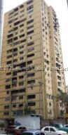 Apartamento En Ventaen Caracas, Caricuao, Venezuela, VE RAH: 22-2731