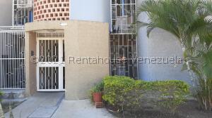 Apartamento En Ventaen Municipio San Diego, Terrazas De San Diego, Venezuela, VE RAH: 22-3228