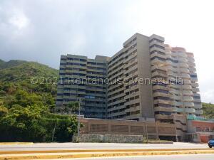 Apartamento En Ventaen Parroquia Caraballeda, Camuri Chico, Venezuela, VE RAH: 22-2802