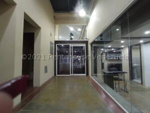 Local Comercial En Ventaen Municipio Naguanagua, Los Guayabitos, Venezuela, VE RAH: 22-2814