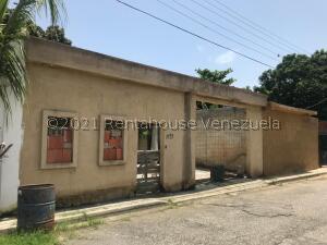 Terreno En Ventaen Municipio San Diego, Pueblo De San Diego, Venezuela, VE RAH: 22-2840