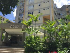 Apartamento En Ventaen Caracas, Los Naranjos De Las Mercedes, Venezuela, VE RAH: 22-2898