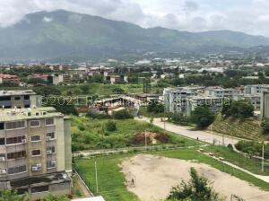 Apartamento En Ventaen Guatire, La Sabana, Venezuela, VE RAH: 22-2853