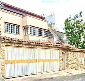 Casa En Ventaen Caracas, El Marques, Venezuela, VE RAH: 21-26948