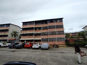 Apartamento En Ventaen Guarenas, Terrazas Del Este, Venezuela, VE RAH: 22-2903