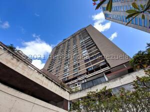 Apartamento En Ventaen Caracas, Prado Humboldt, Venezuela, VE RAH: 21-28029