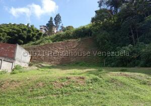 Terreno En Ventaen Los Teques, Los Teques, Venezuela, VE RAH: 22-2927
