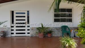 Casa En Ventaen Cagua, Corinsa, Venezuela, VE RAH: 22-2937