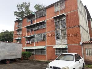 Apartamento En Ventaen Guatire, La Rosa, Venezuela, VE RAH: 22-3109