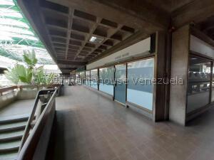 Local Comercial En Ventaen Maracaibo, Avenida Bella Vista, Venezuela, VE RAH: 22-3035