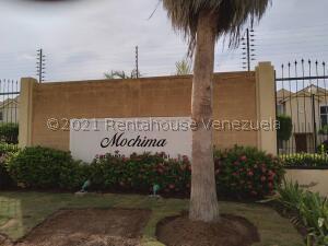 Townhouse En Ventaen Maracaibo, El Milagro, Venezuela, VE RAH: 22-3043