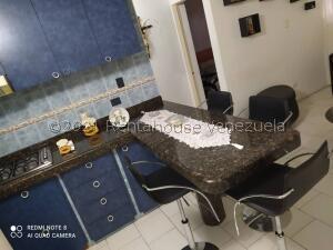 Apartamento En Ventaen Guarenas, Nueva Casarapa, Venezuela, VE RAH: 22-3179