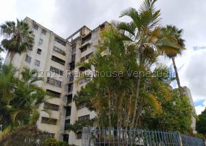 Apartamento En Ventaen Caracas, Caricuao, Venezuela, VE RAH: 22-3313