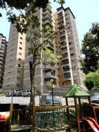 Apartamento En Ventaen Caracas, Terrazas Del Club Hipico, Venezuela, VE RAH: 22-3302