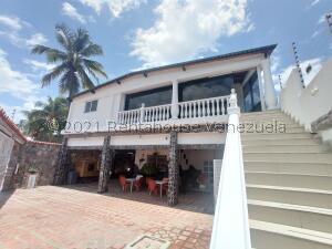 Local Comercial En Ventaen Ocumare De La Costa, El Playon, Venezuela, VE RAH: 22-3050