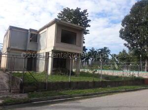 Casa En Ventaen Municipio San Diego, Las Morochas I, Venezuela, VE RAH: 22-3091
