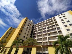 Apartamento En Ventaen Maracay, Zona Centro, Venezuela, VE RAH: 22-3100