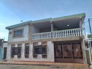 Casa En Ventaen Maracaibo, Sierra Maestra, Venezuela, VE RAH: 22-3169