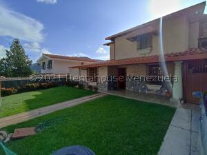 Casa En Ventaen Maracay, El Castaño (Zona Privada), Venezuela, VE RAH: 22-3410