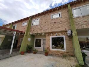 Townhouse En Ventaen La Morita, Karol Home Ii, Venezuela, VE RAH: 22-3173