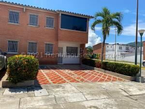 Townhouse En Ventaen Guatire, Terrazas De Buena Ventura, Venezuela, VE RAH: 22-3394