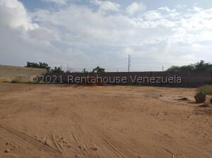 Terreno En Ventaen Municipio San Francisco, Zona Industrial, Venezuela, VE RAH: 22-3186