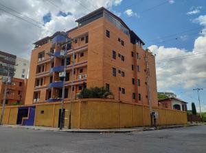 Apartamento En Ventaen Maracay, San Jacinto, Venezuela, VE RAH: 22-3185