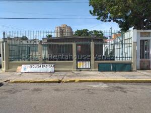 Edificio En Ventaen Maracaibo, Santa Rita, Venezuela, VE RAH: 22-3195