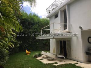 Casa En Ventaen Caracas, San Roman, Venezuela, VE RAH: 22-3541