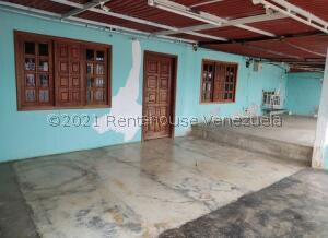 Casa En Ventaen Cabimas, Los Laureles, Venezuela, VE RAH: 22-3260