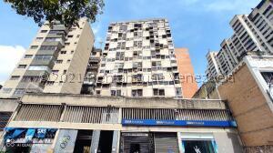 Apartamento En Ventaen Caracas, Parroquia La Candelaria, Venezuela, VE RAH: 22-3264
