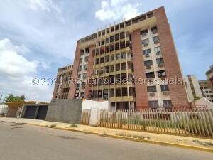 Apartamento En Ventaen Maracaibo, Las Delicias, Venezuela, VE RAH: 22-3290