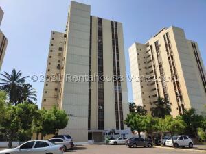 Apartamento En Alquileren Maracaibo, Lago Mar Beach, Venezuela, VE RAH: 22-3292