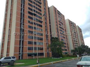 Apartamento En Ventaen Maracay, Bosque Alto, Venezuela, VE RAH: 22-3326