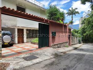 Casa En Alquileren Caracas, Colinas De Los Chaguaramos, Venezuela, VE RAH: 22-3315