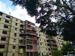 Apartamento En Ventaen Caracas, Caricuao, Venezuela, VE RAH: 22-3333