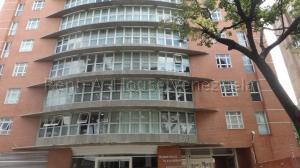 Apartamento En Ventaen Caracas, El Rosal, Venezuela, VE RAH: 22-3348