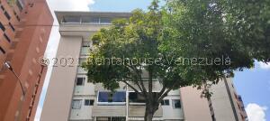 Apartamento En Ventaen Caracas, Santa Eduvigis, Venezuela, VE RAH: 22-3369