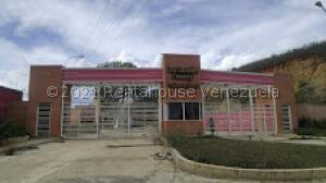 Apartamento En Ventaen Charallave, Los Laureles Country, Venezuela, VE RAH: 22-3384