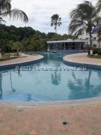 Apartamento En Ventaen Rio Chico, Los Canales De Rio Chico, Venezuela, VE RAH: 22-3370