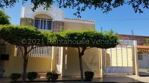Townhouse En Ventaen Maracaibo, Maranorte, Venezuela, VE RAH: 22-3391